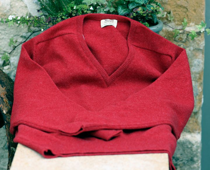 Mens Vee Neck 100% Lambswool Jumper - Poppy Melange