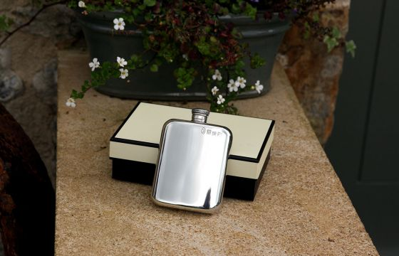 English Pewter 4oz Plain Purse Flask