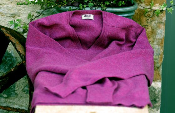William Lockie Cashmere Jumper - Loganberry